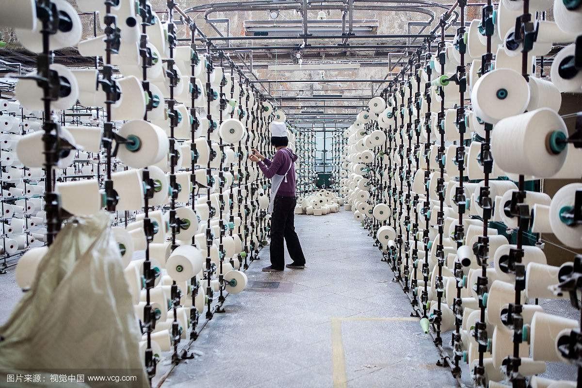 国内纯棉纱线价格走低 纺服企业不动心